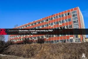"""Opuszczony hotel pracowniczy i biurowiec PKP  – budynek typu """"Lipsk"""""""