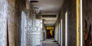 urbex_biurowiec_pkp_opuszczony_hotel_pracowniczy_PKP_musturbex_011