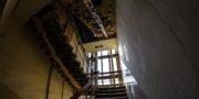 urbex_biurowiec_pkp_opuszczony_hotel_pracowniczy_PKP_musturbex_037