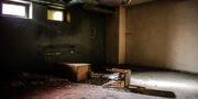urbex_biurowiec_pkp_opuszczony_hotel_pracowniczy_PKP_musturbex_088