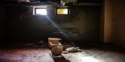 urbex_biurowiec_pkp_opuszczony_hotel_pracowniczy_PKP_musturbex_089