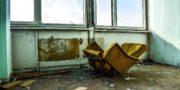 urbex_biurowiec_pkp_opuszczony_hotel_pracowniczy_PKP_musturbex_098