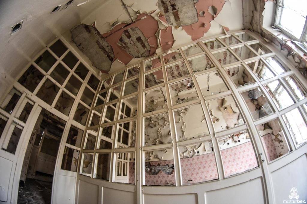 oddział położniczy opuszczony szpital