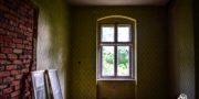 malowniczy-dwór-pałac-z-kogutkiem-na-dolnym-śląsku-urbex-musturbex-16