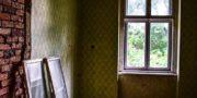 malowniczy-dwór-pałac-z-kogutkiem-na-dolnym-śląsku-urbex-musturbex-17