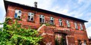 malowniczy-dwór-pałac-z-kogutkiem-na-dolnym-śląsku-urbex-musturbex-22