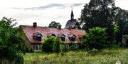 malowniczy-dwór-pałac-z-kogutkiem-na-dolnym-śląsku-urbex-musturbex-34