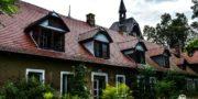 malowniczy-dwór-pałac-z-kogutkiem-na-dolnym-śląsku-urbex-musturbex-44