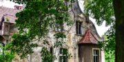 malowniczy-dwór-pałac-z-kogutkiem-na-dolnym-śląsku-urbex-musturbex-47