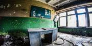 Zakłady_naprawcze_taboru_kolejowego_ZNTK_URBEX_MustUrbex_49