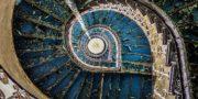Pałac_z_niebieskimi_schodami_Palace_with_blue_stairs_Palast_mit_blauen_Treppen_Palác_s_modrými_schody_URBEX_MustUrbex_11