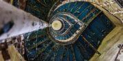 Pałac_z_niebieskimi_schodami_Palace_with_blue_stairs_Palast_mit_blauen_Treppen_Palác_s_modrými_schody_URBEX_MustUrbex_14