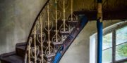 Pałac_z_niebieskimi_schodami_Palace_with_blue_stairs_Palast_mit_blauen_Treppen_Palác_s_modrými_schody_URBEX_MustUrbex_16