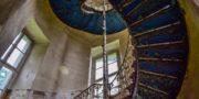 Pałac_z_niebieskimi_schodami_Palace_with_blue_stairs_Palast_mit_blauen_Treppen_Palác_s_modrými_schody_URBEX_MustUrbex_22