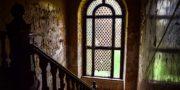 Pałac_z_niebieskimi_schodami_Palace_with_blue_stairs_Palast_mit_blauen_Treppen_Palác_s_modrými_schody_URBEX_MustUrbex_32