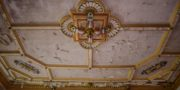 Pałac_z_niebieskimi_schodami_Palace_with_blue_stairs_Palast_mit_blauen_Treppen_Palác_s_modrými_schody_URBEX_MustUrbex_40